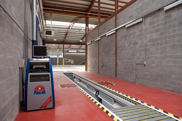 Auto Repair Garage Pit : Premier pits garage